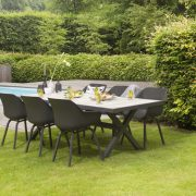 canterbury-table-xerix-sophie-chair